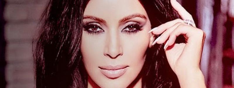 Peças de Kim Kardashian chegam às lojas