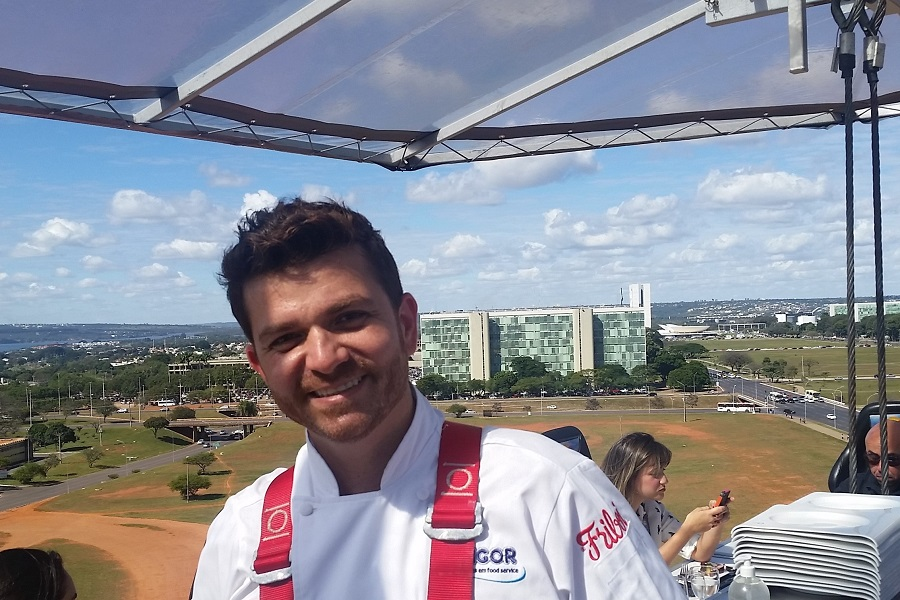 Dinner in the Sky Brasília: um papo com Guga Rocha