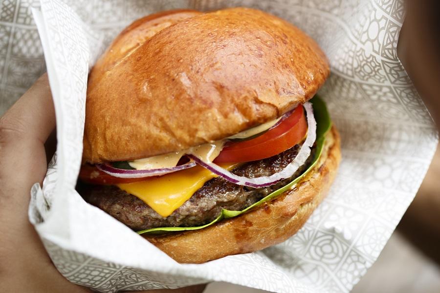 Aprenda a fazer o hambúrguer perfeito