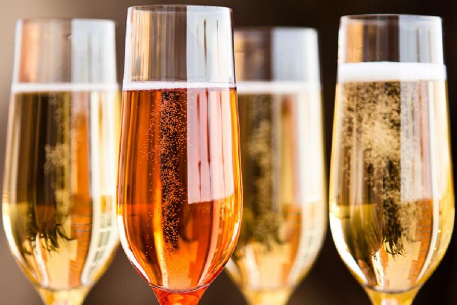 Clube de vinhos anuncia Black Friday antecipada