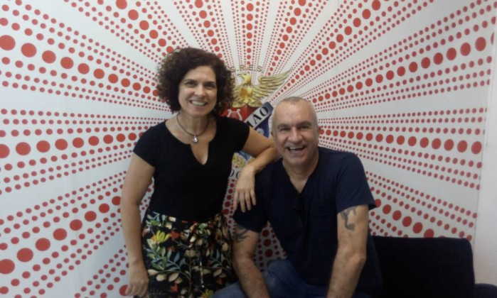 A chef Flávia Quaresma e o carnavalesco Luzardo, que é apaixonado por gastronomia