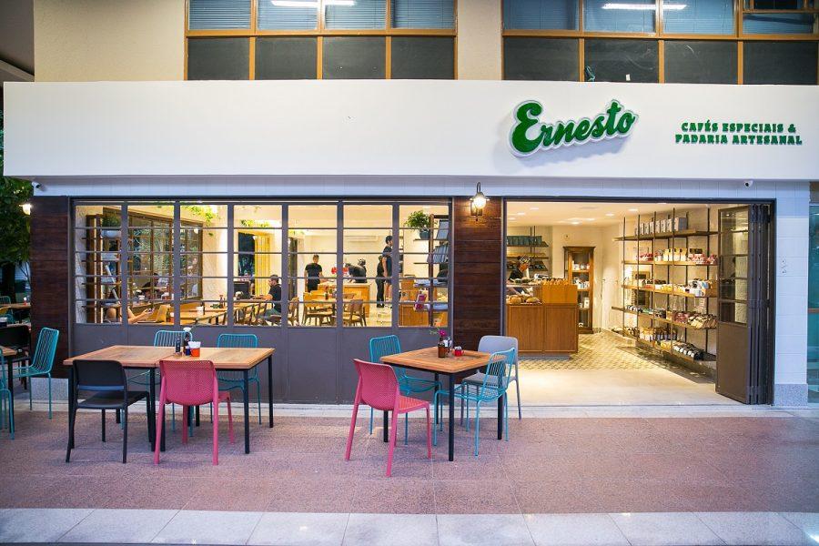 Novo Ernesto já funciona na comercial da 108 Norte
